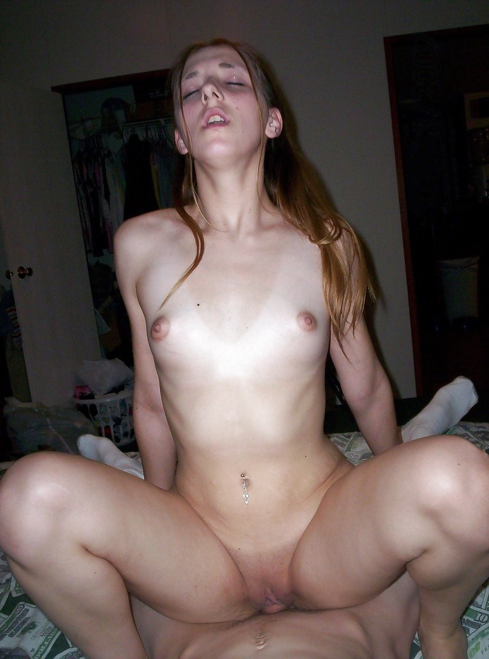 She likes my cock and masturbate on my pics 6