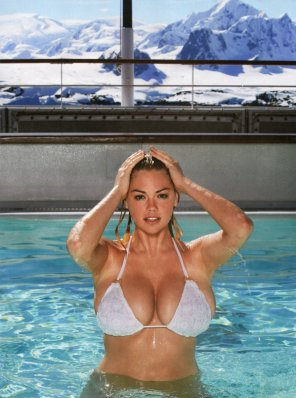 amateur photo kate upton's rack is a great thing to remember