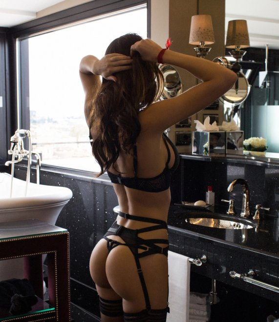 Crazy lingerie body Porn Photo