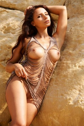amateur photo Antonia Petrova nude by the rocks