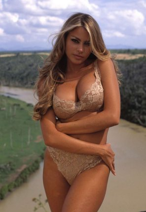amateur photo Sofia vergara in lingerie