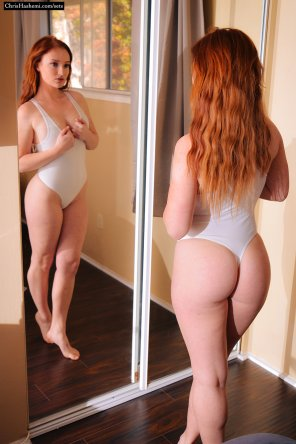 amateur photo Redhead With Perfect Assets.