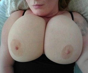 amateur photo My areolas would not coordinate today lol