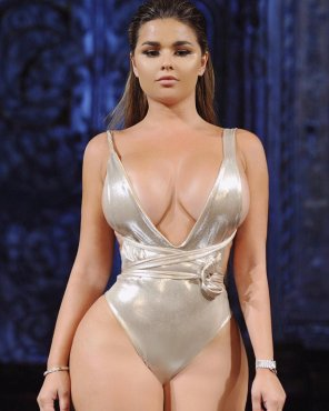amateur photo Runway thick
