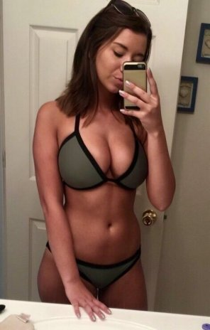 amateur photo PictureBikini Fit