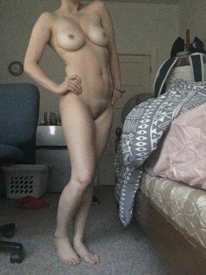 amateur photo Full body pic xo