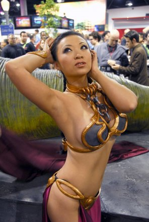 amateur photo Asian Leia