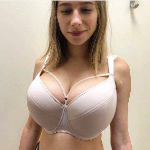 amateur photo Plain white bra