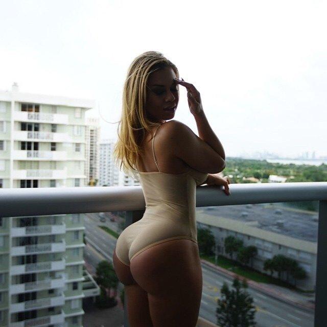 Aidan Nycole Porn Photo