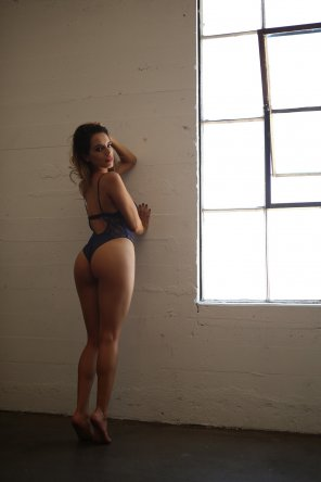 amateur photo I just want to push her against the wall and start pumping