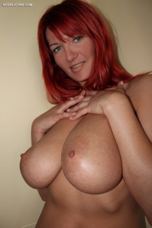 amateur photo A MILF