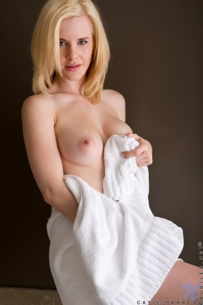 amateur photo Sweet Pale