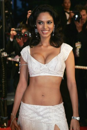amateur photo Indian babe Mallika Sherawat