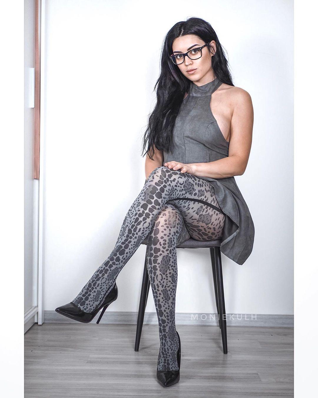 Monika Porn Pic - EPORNER