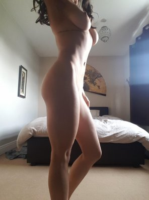 amateur photo Chiseled body