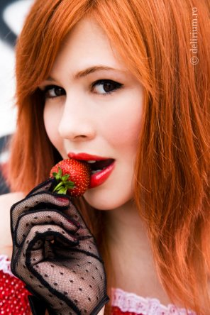 amateur photo Strawberry