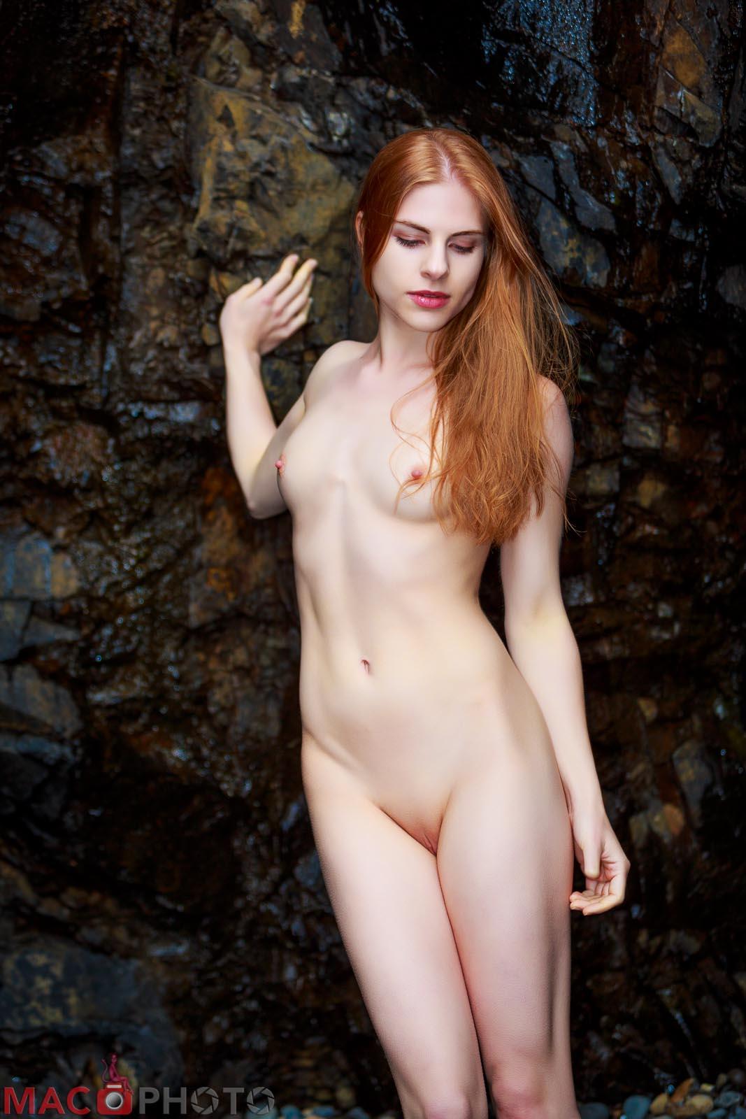Nude nerdy women ass