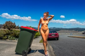 amateur photo Taking the trash out in the nude