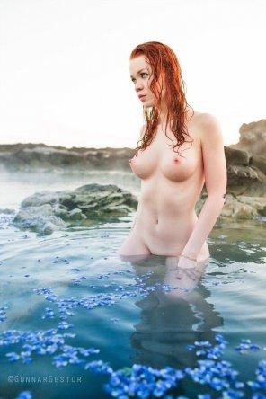 amateur photo Such blue water