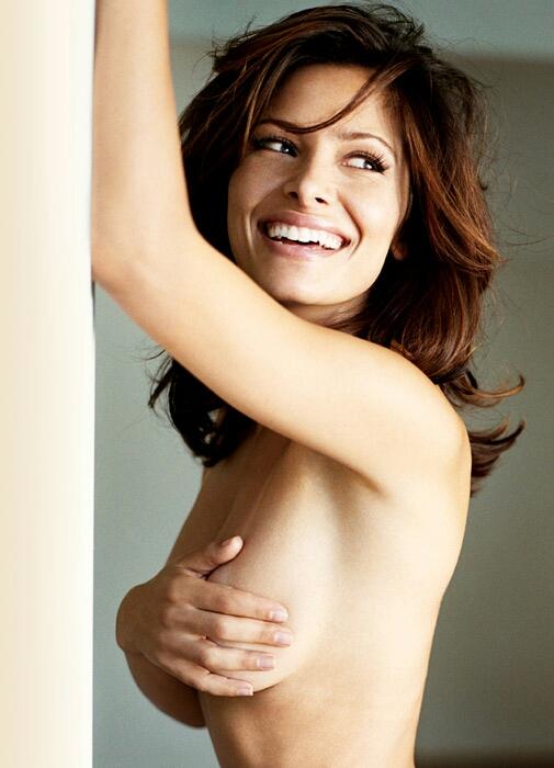 Shahi topless sarah Sarah Shahi