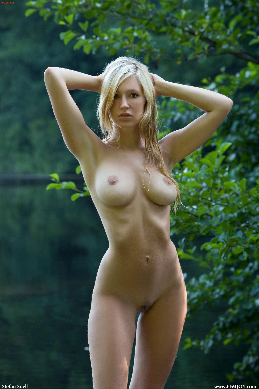 Perfect tan nude tits