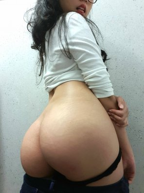 amateur photo Fat Asian ass