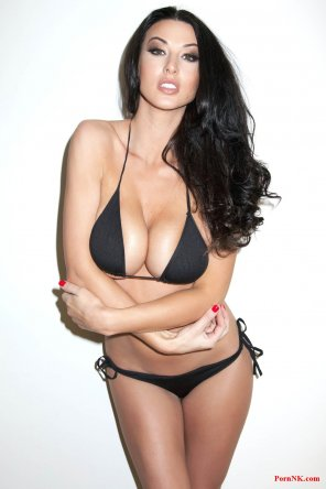 amateur photo Alice Goodwin sexy bikini lingerie