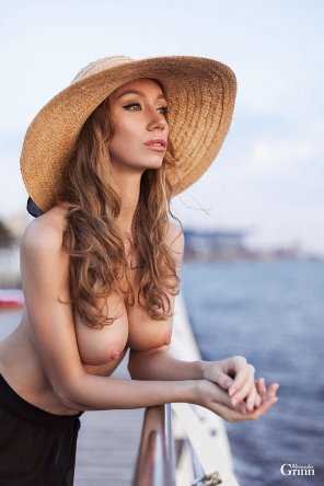 amateur photo By the Sea