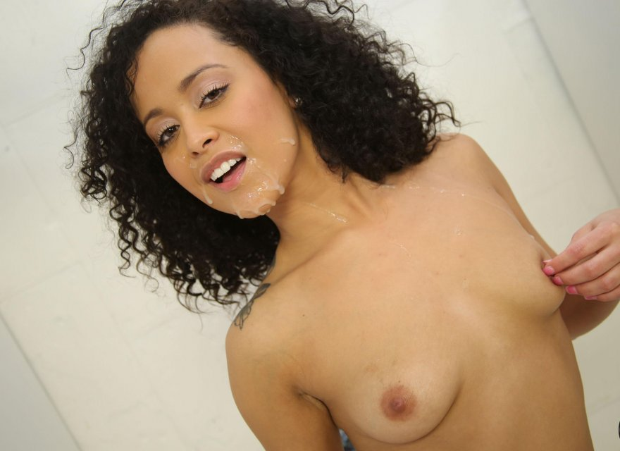 Cream on beautiful brown skin Porn Photo
