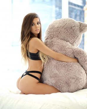 amateur photo Ass + Bonus Teddy Bear