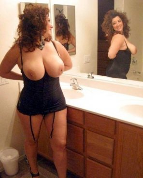 amateur photo Milf in the bathroom