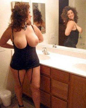 amateur photo Milf in the bathroom