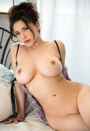 amateur photo Anri Okita looking fine
