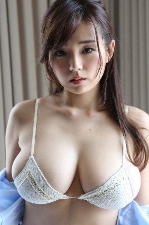 amateur photo Ai Shinozaki