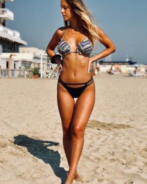 amateur photo Italian beach