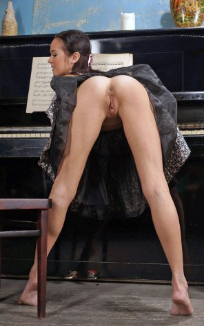 amateur photo Playing the piano