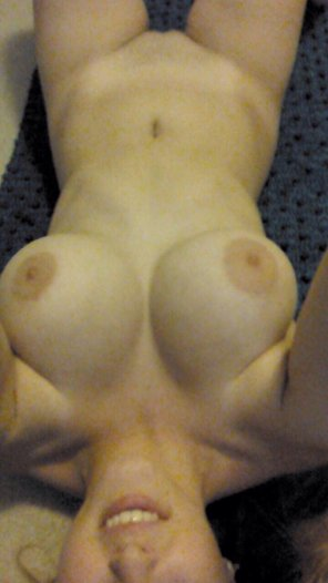 amateur photo Small Frame and Big Boobs
