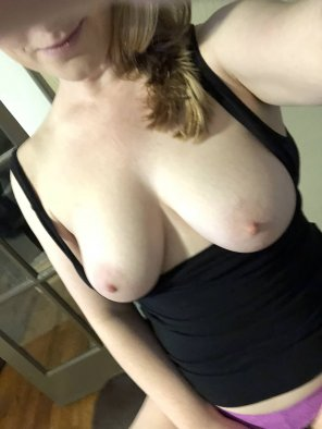amateur photo My tits need some attention 😋 [f]
