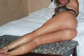 amateur photo Leigh's legs