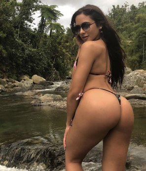 amateur photo Ashley Ortiz