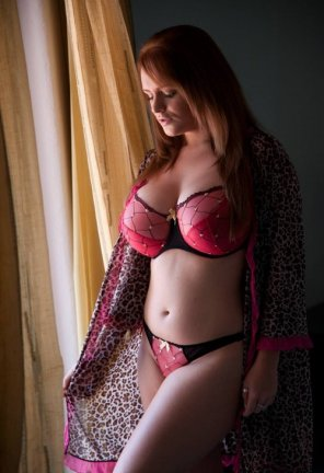 amateur photo Lingere curves