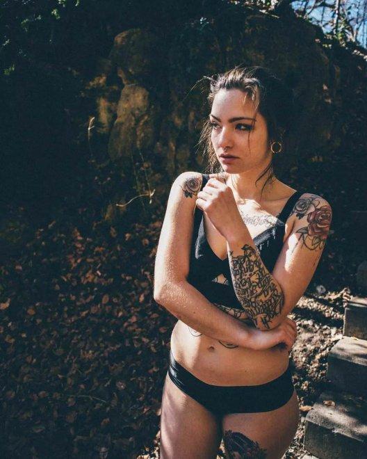 Lia Willow Porn Pic - EPORNER