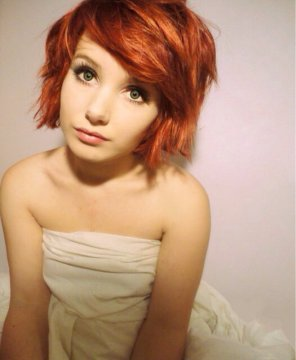 amateur photo Red Pixie