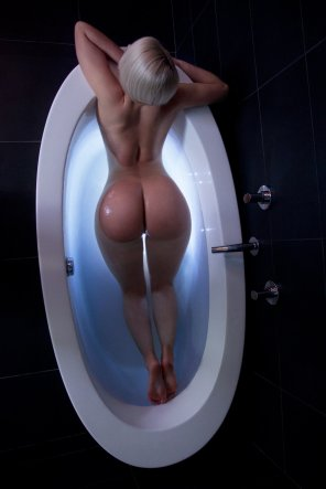 amateur photo Bathtub