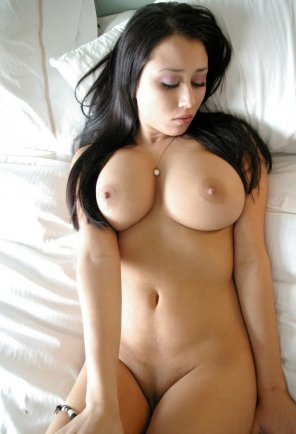amateur photo Oh Goddamn she is so hot!