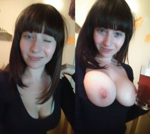 amateur photo [Image] Busty Babe Has Amazingly Sexy Tits