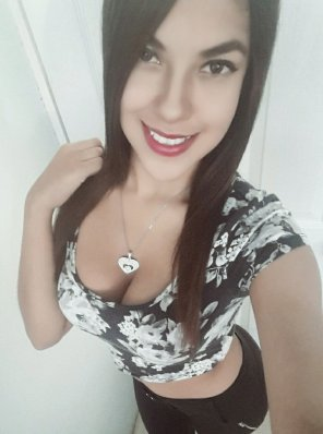 amateur photo Super sexy brunette latina