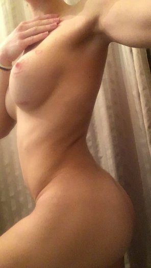 amateur photo Thought you might like this one 😈 [F]