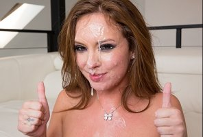 amateur photo Maddy O'Reilly approves this facial