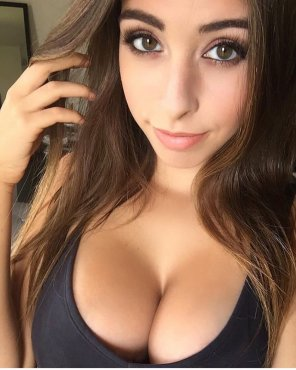 amateur photo Love Her Eyes